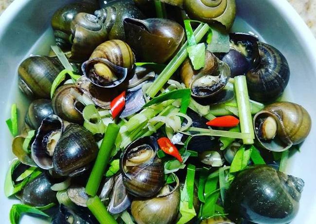 Tuyển tập bí kíp sơ chế hải sản sạch boong kin kít cho hội chị em mê nghêu sò, ốc hến: Dắt túi ngay để khỏi cần băn khoăn mỗi lần vào bếp! - Ảnh 2.