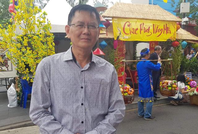 Tiếng Việt không dấu bị độc giả phản ứng gay gắt, tác giả lên tiếng: Chữ viết của tôi nên để chuyên gia thẩm định! - Ảnh 1.